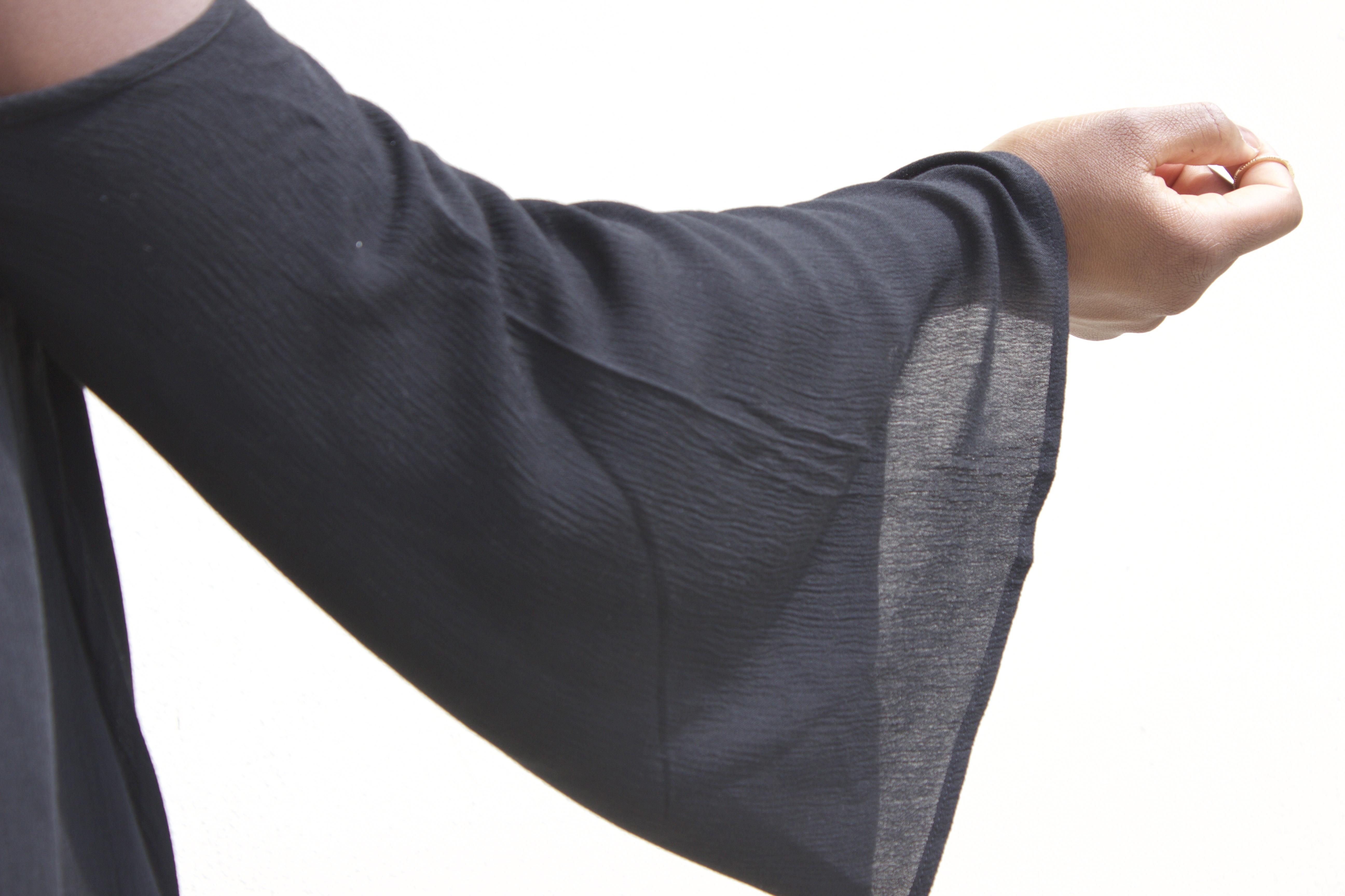 blouse noire