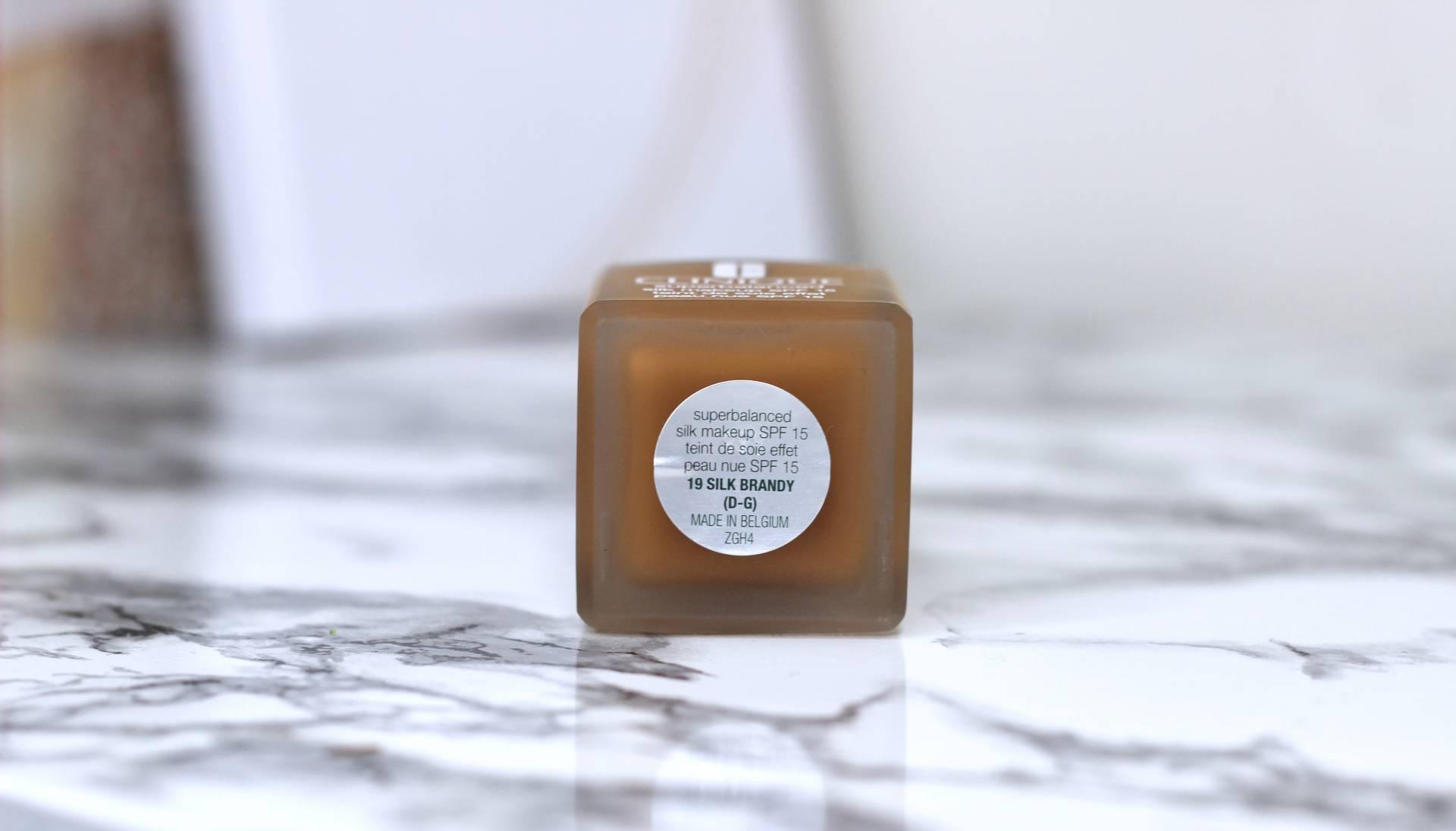 CLINIQUE Superbalanced Silk Makeup SPF 15