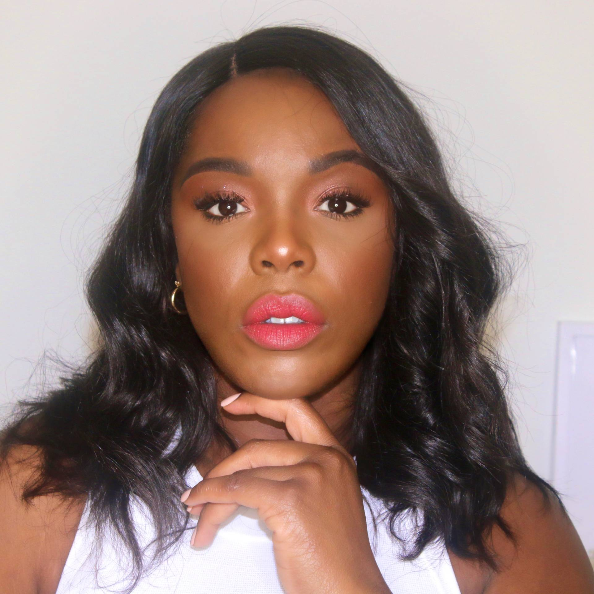 SWATCH FENTY BEAUTY MATTEMOISELLE SPANKED ON DARK SKIN WOMAN